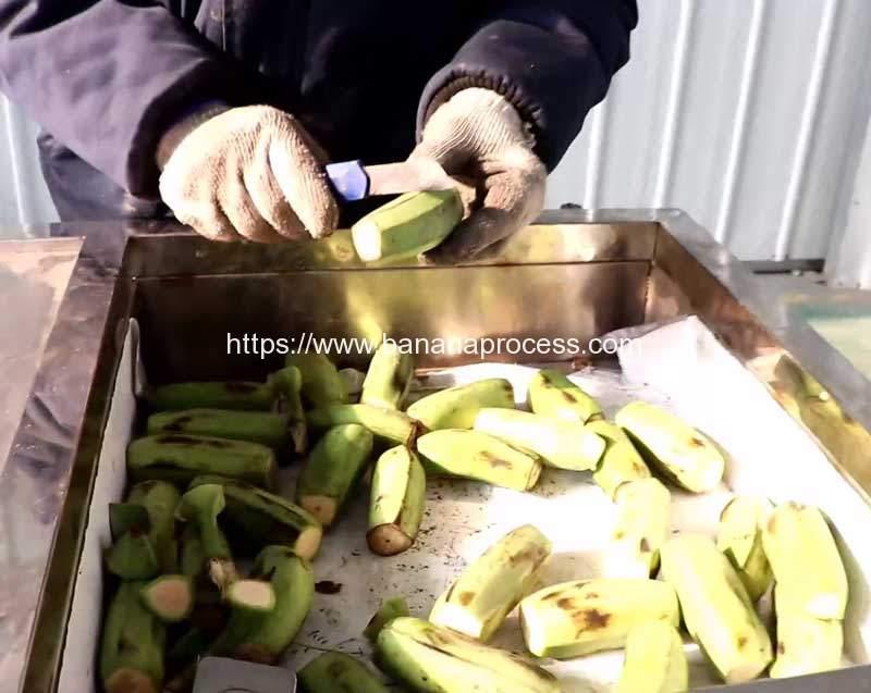 Automatic-Manual-Feeding-Green-Banana-Peeling-Cut-Double-Head
