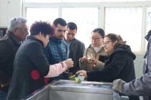 Customer-Visit-Green-Banana-Peeling-Machine-from-Salvador