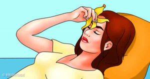 Banana-Peel-Treat-Migraines-and-Headaches